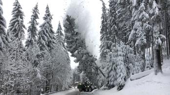Még több hó jöhet az Alpokban: 130 centi is eshet
