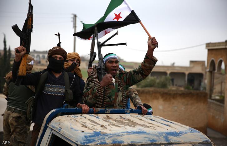 Törökök által támogatott szíriai harcosok