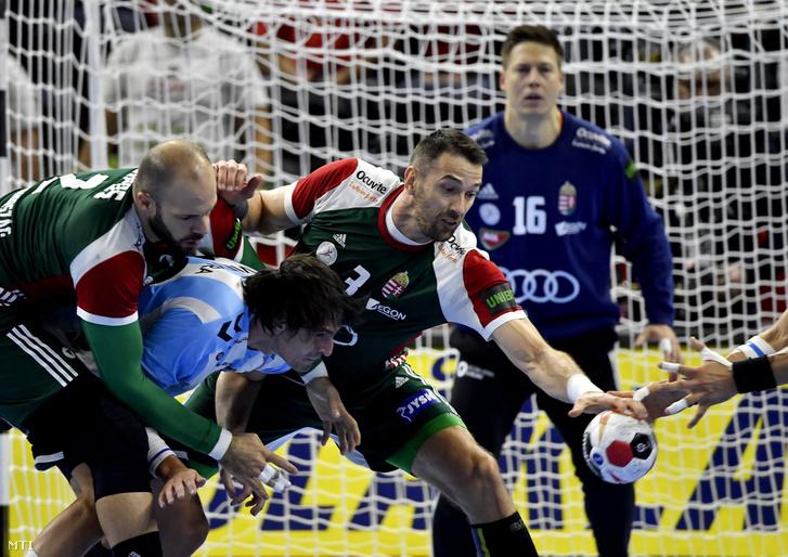 Sipos Adrián (b) az argentin Federico Matías Vieyra (b2) és Ilyés Ferenc (b3)