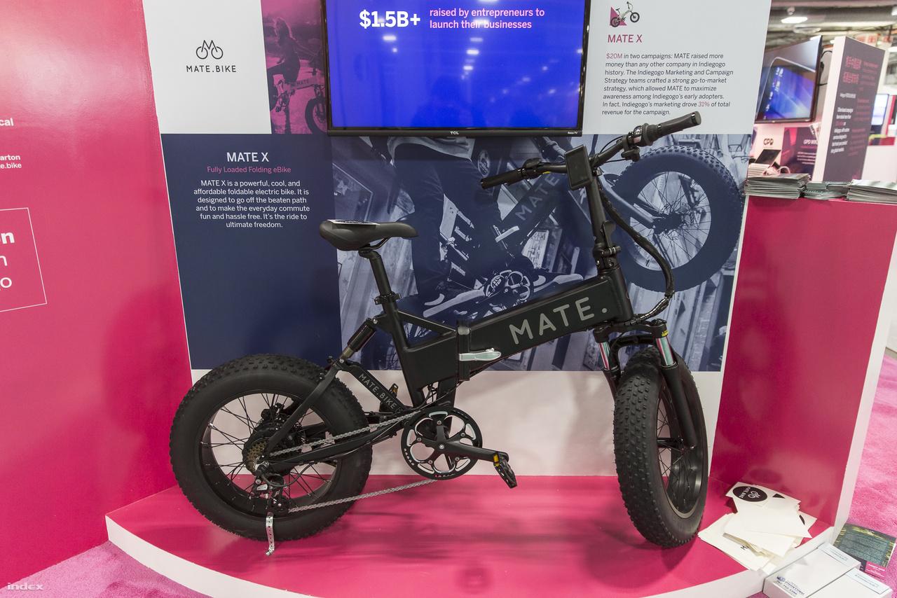 Egy másik e-biciklit is láttunk a CES-en, mégpedig a Mate X összecsukható kerékpárt.