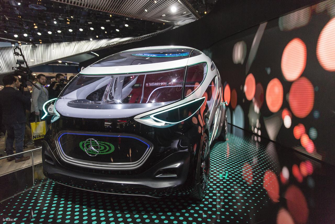 A német Mercedes-Benz Vision UrbanEtic, nagyjából 10-12 személyes önvezető koncepciójármű felépítménye cserélhető, attól függően hogy személy- vagy teherszállítás a feladat. Még nem kész a sorozatgyártásra, de már működőképes prototípus.