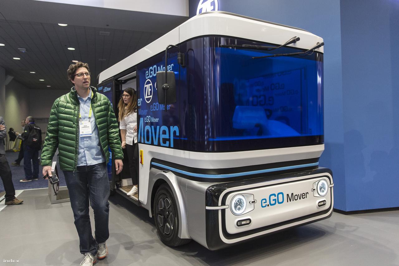A német e.Go Mover ugyancsak egy elektromos önvezető városi kisbusz, akár 15 embert is képes szállítani, illetve teherszállításra is át lehet alakítani. Idén kezdik gyártani.