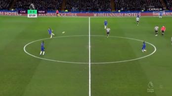 Ötven méterről adott gólpasszt a Chelsea hátvédje