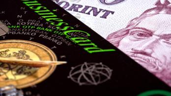 A kormány ugyan csökkentette a tranzakciós illetéket, a bankok egy része ezt teljesen benyelte