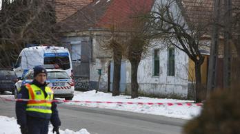Agyzúzódás és koponyaűri vérzés miatt műtötték az osztrák családirtó hároméves áldozatát