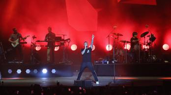 Rapperekkel lép fel a Maroon 5 az idei Super Bowlon