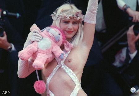 Ezt a macit mindenhova magával vitte akkoriban, még a Cannes-i Filmfesztiválra is