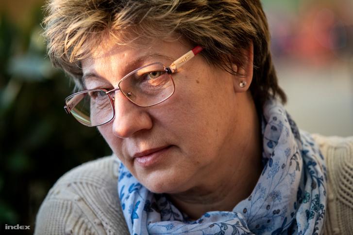 Anikó Szilágyi, mother of the Simon sisters