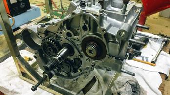 Honda NSR250 felújítás: a blokk rettenetei
