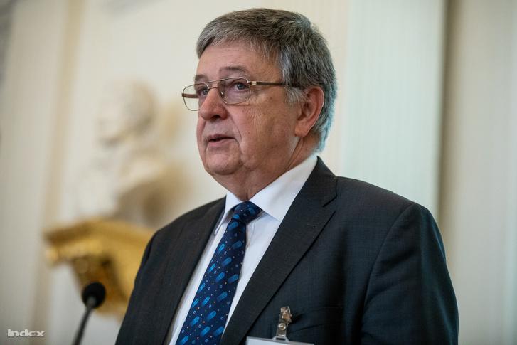 Lovász László a Magyar Tudományos Akadémia (MTA) közgyűlés utáni sajtótájékoztatóján 2018. december 6-án