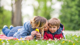 Az egyszülős családokból is boldog gyerekek kerülhetnek ki