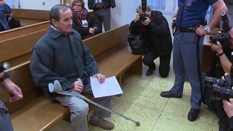 Terrortámadások miatt 4 év börtönt kapott egy cseh nyugdíjas