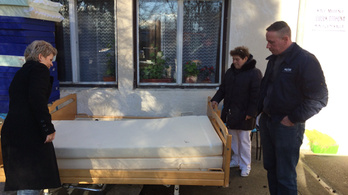 Nem kellettek a kórháznak a modern ágyak, amiket egy jobbikos szerzett