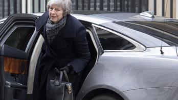 Újból nekifutnak a britek a sorsdöntő brexitszavazásnak