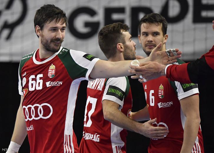 Balról jobbra: Lékai Máté, Hornyák Péter és Juhász Ádám, a győztes magyar válogatott tagjai a Magyarország - Katar mérkőzés után Koppenhágában 2019. január 14-én