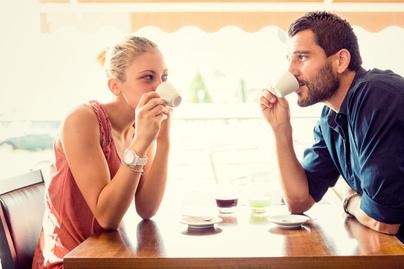 kapcsolat pár randi ismerkedés