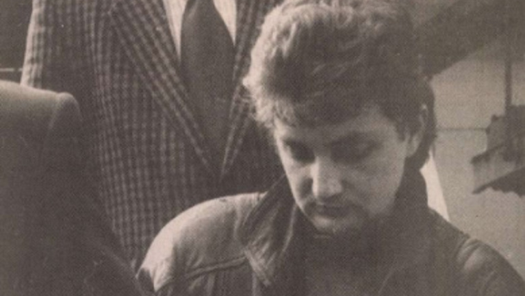 Egy Porschéért ölt 28 éve, a börtön után megint autószalonba ment rabolni