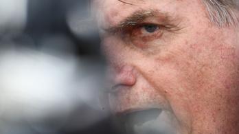 Napokig nem lesz hivatalban Bolsonaro, mert eltávolítják a székletgyűjtő zacskóját