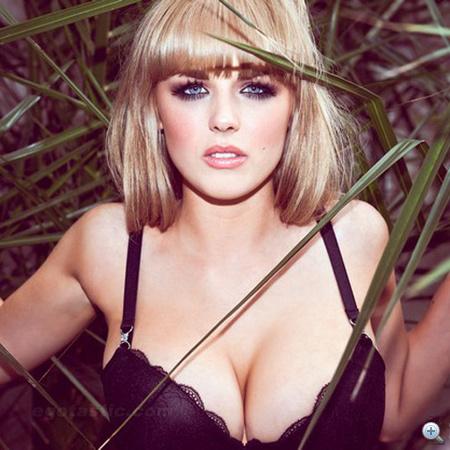 danielle-sharp-sexiest-british-student-loaded-LB