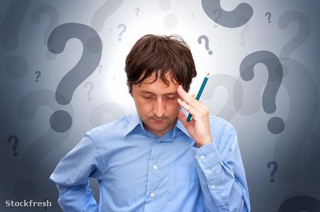 stockfresh 1034115 businessman-thinking sizeS