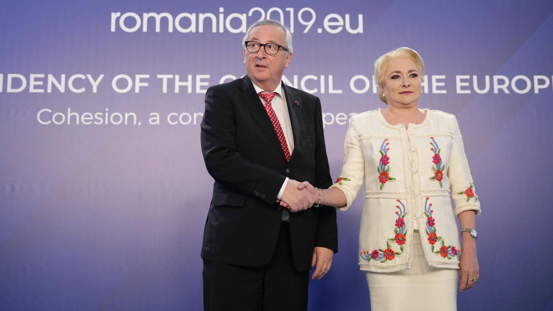 2019-01-11T110138Z 1449122313 RC1B066821F0 RTRMADP 3 EU-ROMANIA