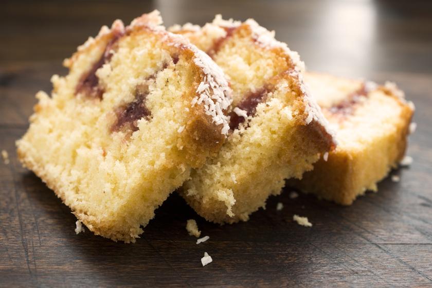 Könnyed, kókuszos, lekváros kevert süti: képtelenség elrontani