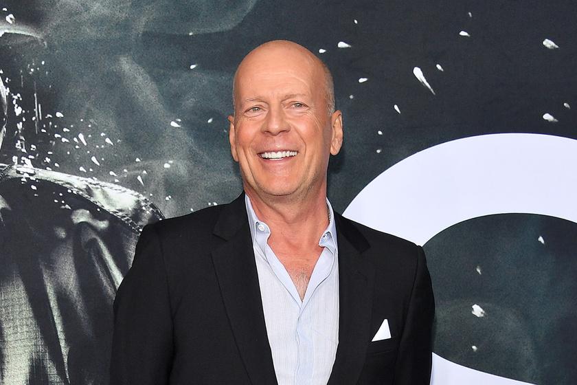 Bruce Willis fiatal felesége igazi bombázó - Szép párt alkottak a premieren