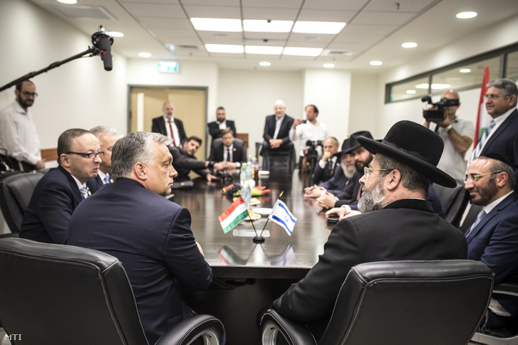 David Lau, Israel's representative of the ashkenazi faith (r) and Hungary's PM Viktor Orbán (l) meeting in Jerusalem on 19 July 2018.