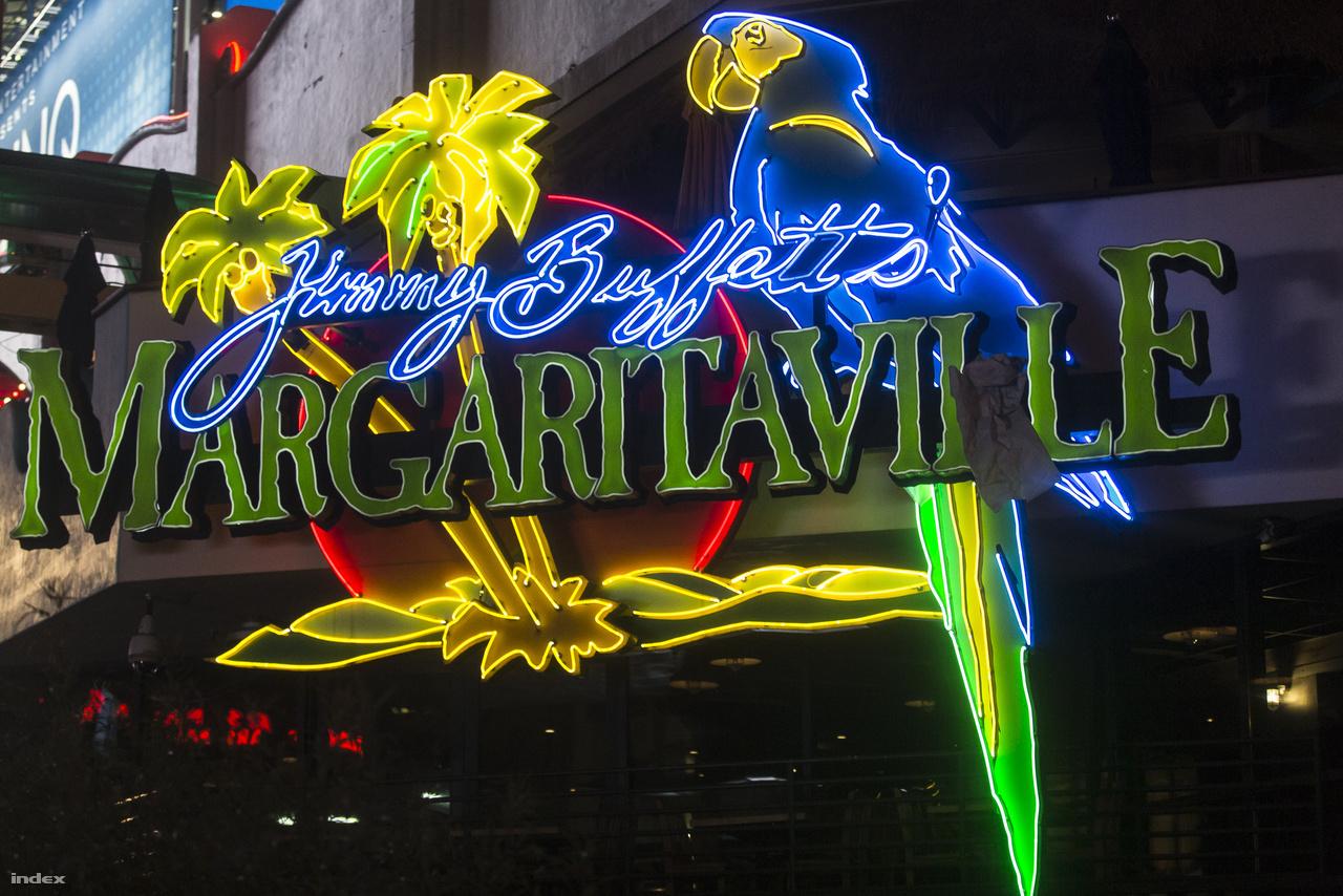 Az 1977-ben alapított Jimmy Buffett's Margaritaville amerikai étterem- és kaszinólánc neoncégére.