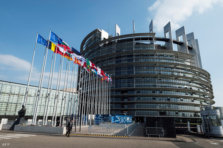 Az Európai Parlament megszavazta: a jogállamisághoz köthetik az EU-s pénzeket