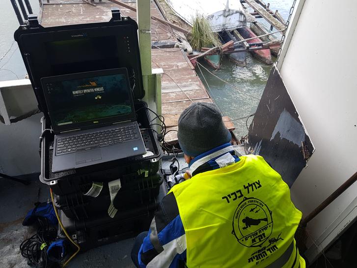 Kedden próbakutatást végzett a Margit híd mellett a Dunában a ZAKA izraeli mentőcsapat