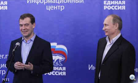 Dmitrij Medvegyev és Vlagyimir Putyin
