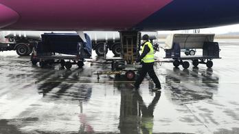 A kormányhivatal vizsgálja, hogyan bánt a Dubajból érkező utasokkal a Wizz Air