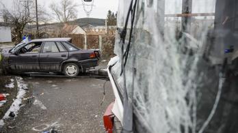 Meghalt egy 76 éves férfi, aki busszal ütközött Nógrádban