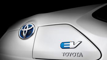 Toyota: túlzás a villanyautók iránti lelkesedés
