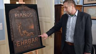 Szakértők szerint nem Klimt alkotása a Budapesten talált dombormű