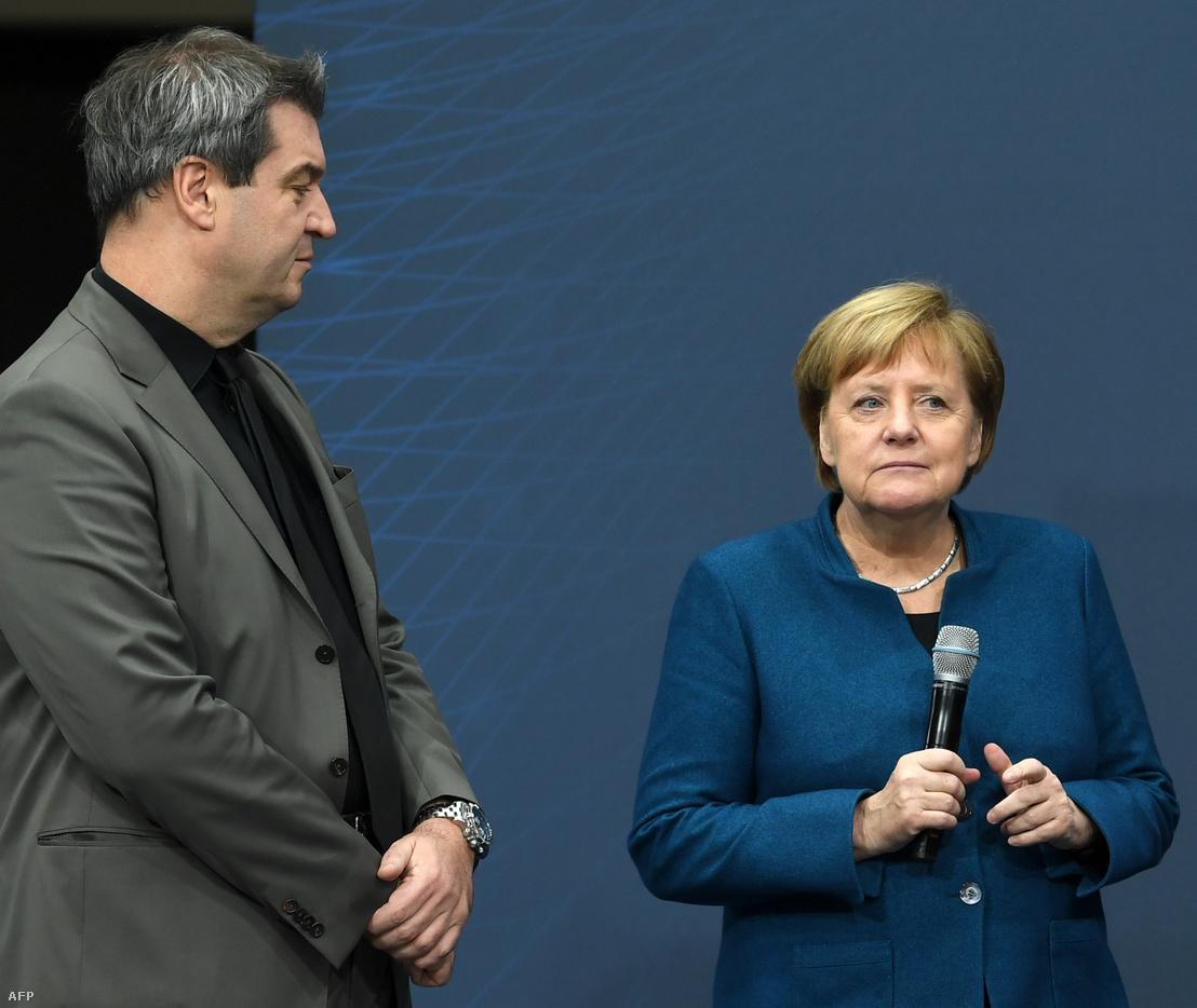 Söder és Merkel