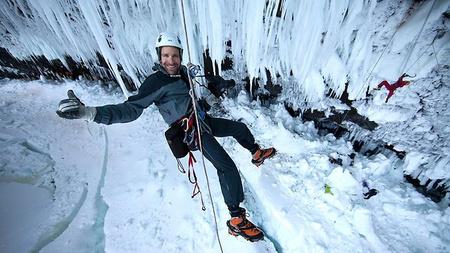 581949-helmcken-falls-deadly-ice-climb