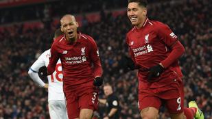 Őrült meccsen, fura gólokkal nyert a Liverpool