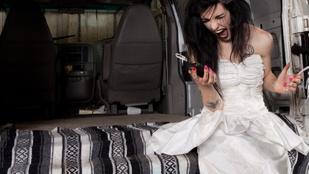 Vajon mennyire kattant az a menyasszony, aki elvárja, hogy a koszorúslányai megváltoztassák a szemük színét az esküvőre?