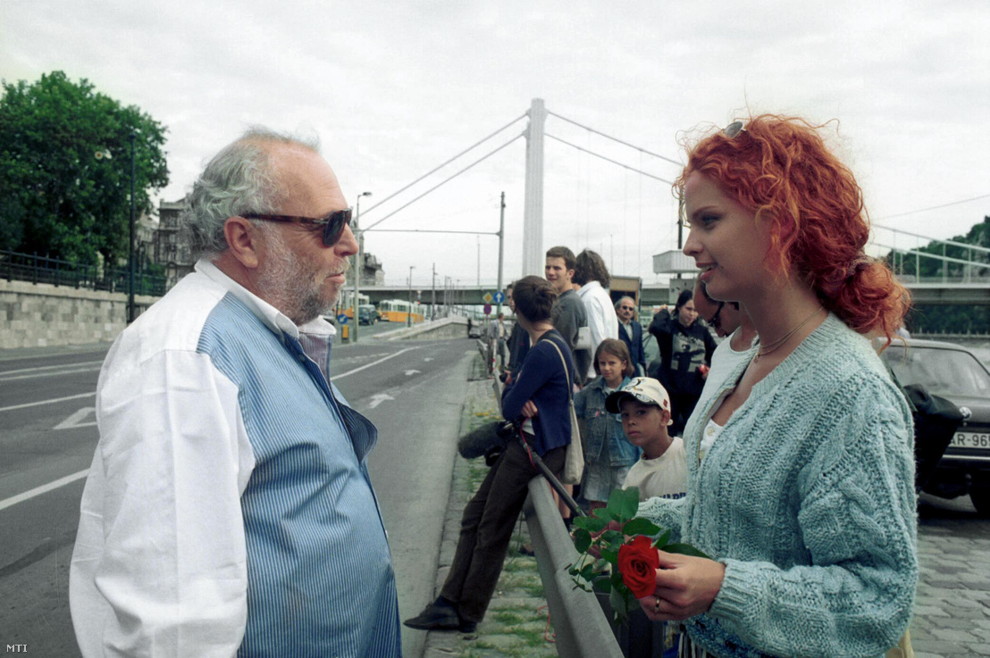 Dobó Katával a Miniszter félrelép forgatásán 1997-ben