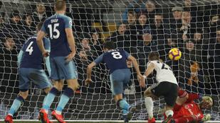 A 93. percben menekült győzelemb a Tottenham