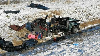 Négy halottja van az M3-ason történt tömegkarambolnak