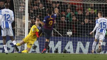 Vaksi volt a videóbíró Luis Suárez góljánál?