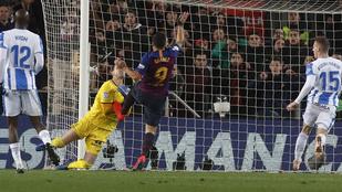 Vaksi volt a videóbíró Luis Suarez góljánál?