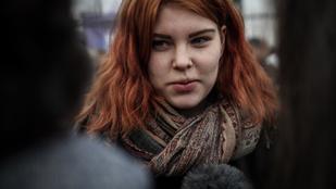 A Figyelő elismerte, hogy hazugsággal támadta a 19 éves ellenzéki diáklányt
