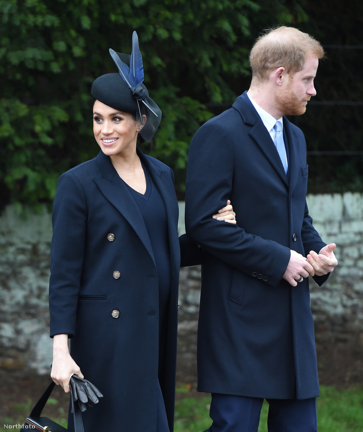 Hamarosan megszületik Harry herceg és Meghan hercegné gyereke, ahogy pedig közeledik a dátum, a brit lapok egyre több dolgot tudni vélnek a babáról