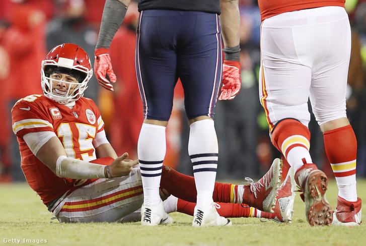 Patrick Mahomes és a Kansas City Chiefs támadósora esélyt sem kapott a továbbjutás kiharcolására a főcsoportdöntő hosszabbításában