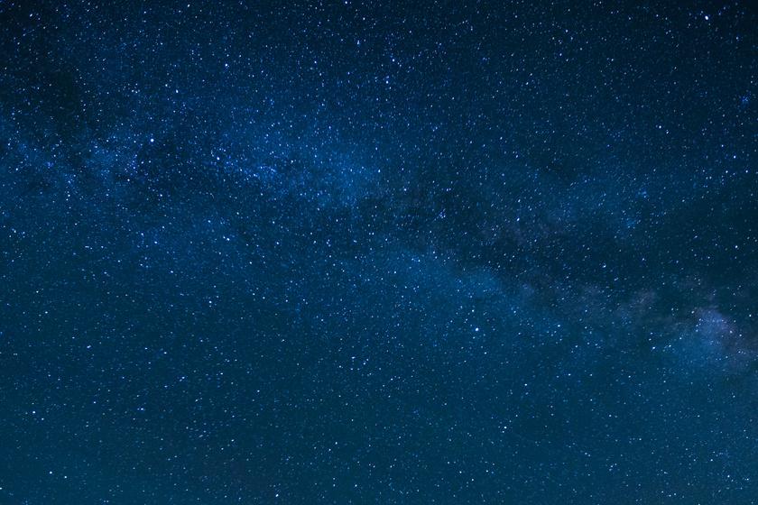 Magyar csillagászok meglepő eredményt közöltek a Földön kívüli élet kialakulásáról