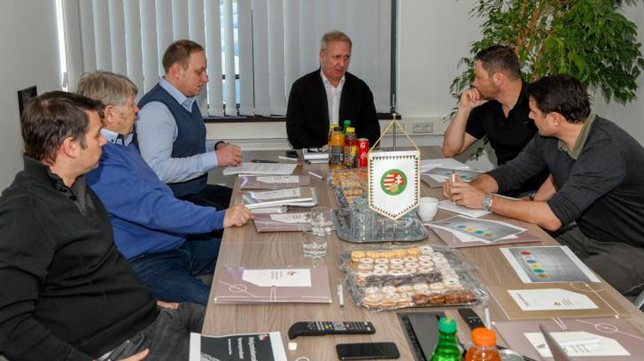 Az MLSZ Szakmai Bizottságnak decemberi értekezlete